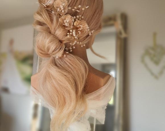 Natural and relaxed boho styled bridal hair