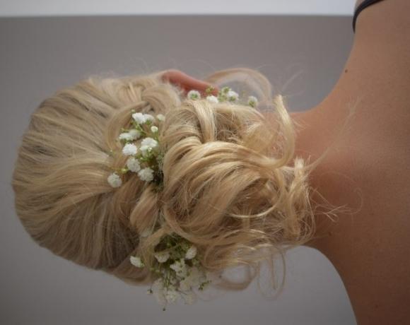Bridesmaid-Hair-Maidens-Barn-Essex