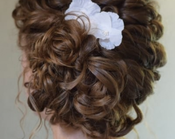 Bridesmaid-curls-Essesx