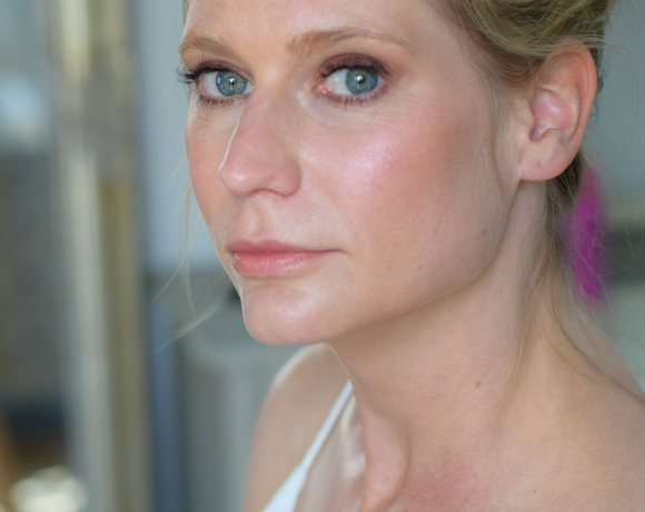 very natural pretty fresh make up for bride