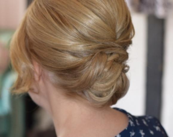 Wedding-hair-up-for-short-hair